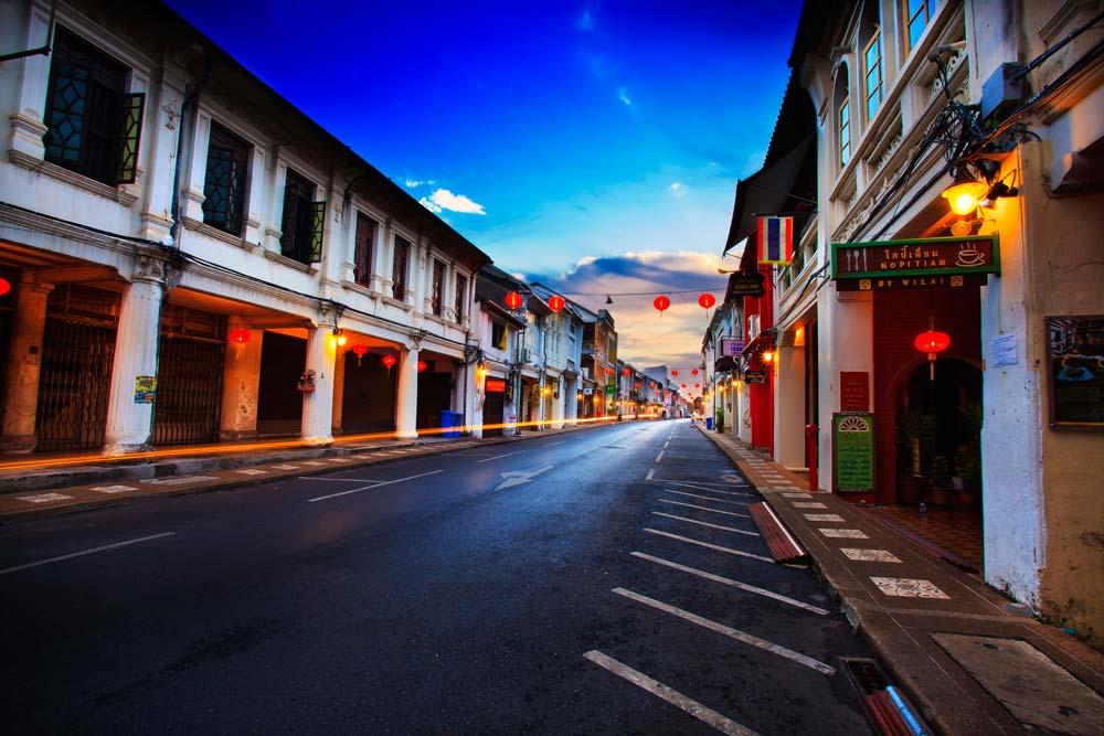 Phuket-Old-Town-Travelling