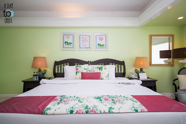 bed in room by a day to chill, Karon Beach Resort