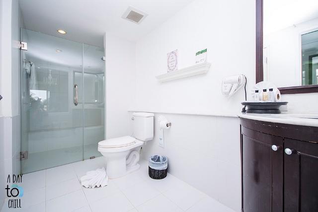 bathroom, phuket beach accommodation, Thavorn Palm Beach Resort