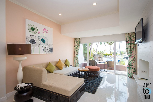 living Room, One Bedroom Suite at Thavorn Palm Beach Resort