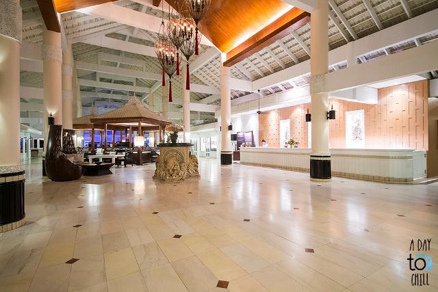 lobby area, karon beach resort, phuket holiday