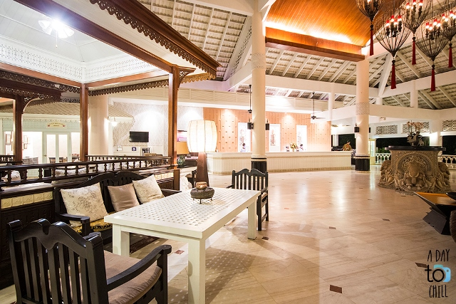 reception service, lobby, thavorn palm beach