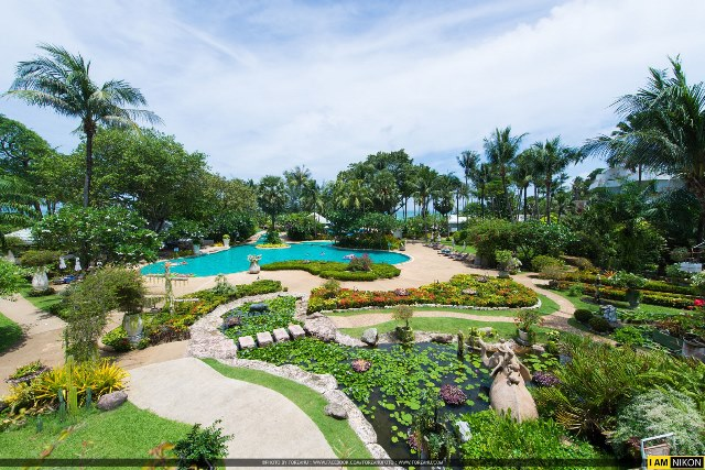 Pool and Garden, Thavorn Palm Beach Resort