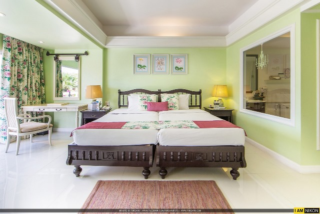 holiday in phuket, Junior Suit, phuket karon beach