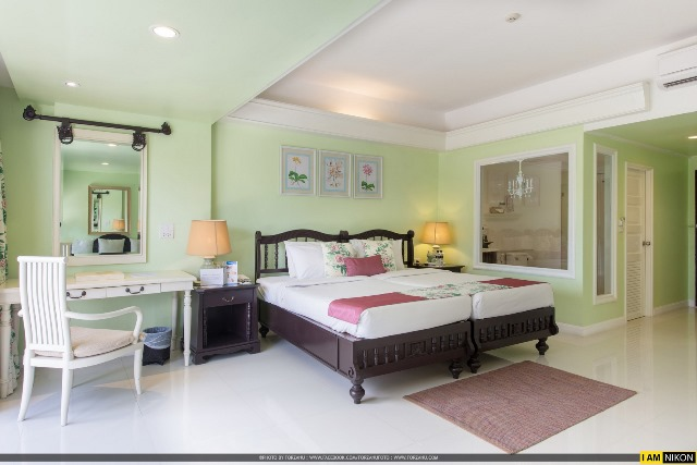 junior suite, phuket beach resort, thavorn palm beach resort