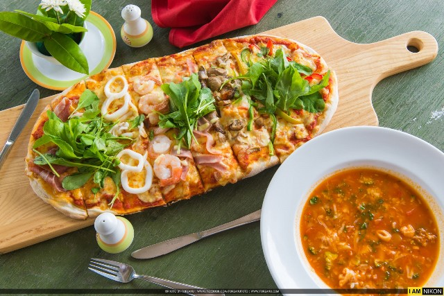 Pizza Italian food, ciao bistro restaurant, Karon Beach