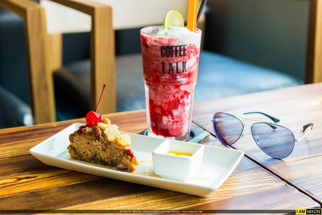 Drinks and Cake, coffee talk cafe, Karon Beach Phuket