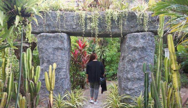 Thavorn_Palm_Beach_Resort_Phuket_Garden_Karon