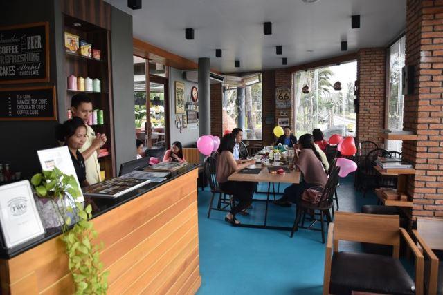 coffee_talk_cafe_karon_resort_phuket