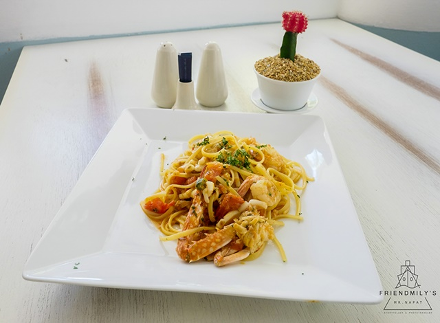 Spaghetti_at_Thavorn_Palm_Beach_Resort_Review