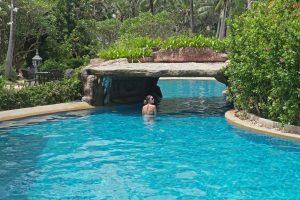 5-Star_Karon_Beach_Resort_Phuket_Swimming_Pool