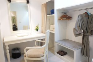Dessing_Room_Phuket_Thavorn_Palm_Beach_Resort