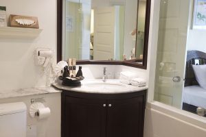 Bathroom_Phuket_Thavorn_Palm_Beach_Resort