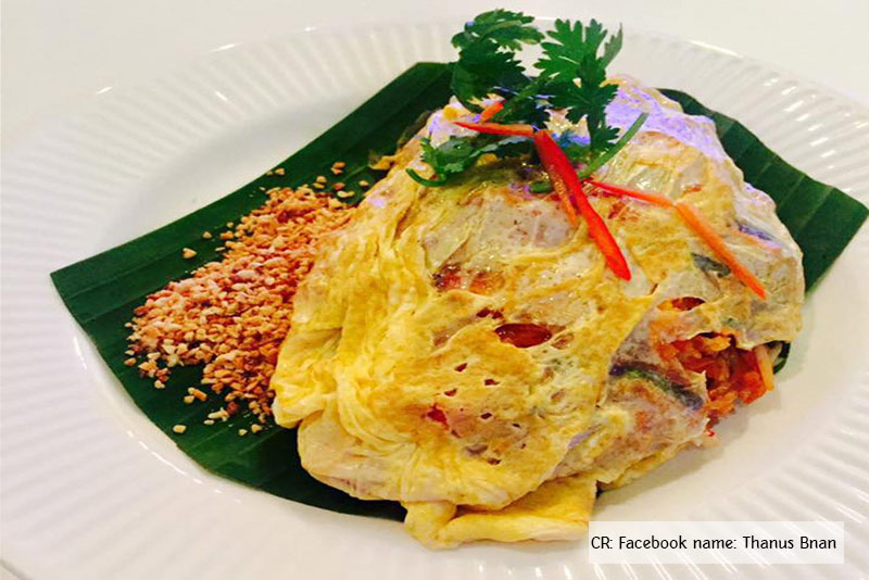 Pad-thai-Chef-Sombat