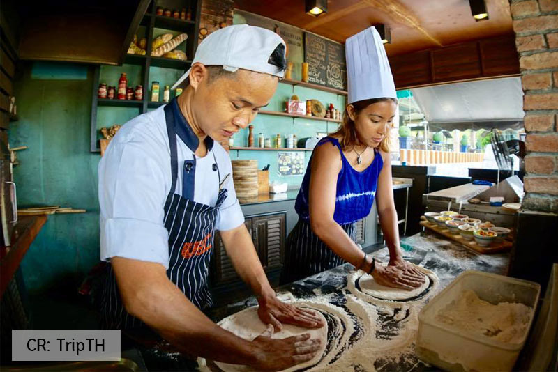 TripTH-Thavorn-Palm-Phuket-Pizza1
